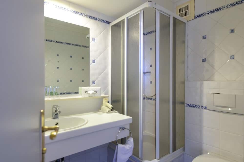 Standard Single Room - Sink Bilik Mandi