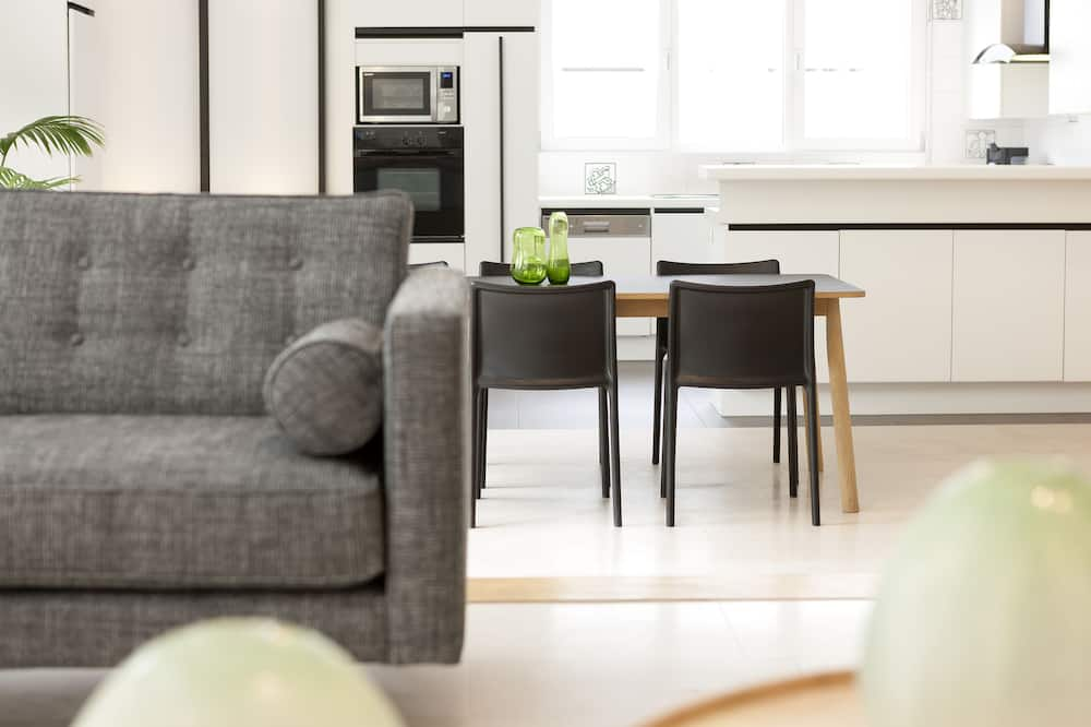 Apartment, Terrace (with garden) - Living Room