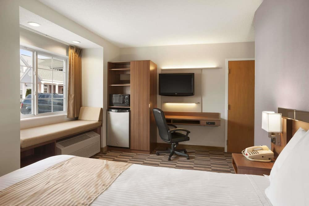 Standard Room, 1 Double Bed, Accessible - Guest Room