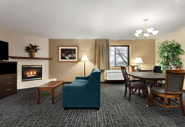 Baymont by Wyndham Sioux Falls West, Sioux Falls, Studio Suite, 1 King Bed, Non Smoking, Guest Room