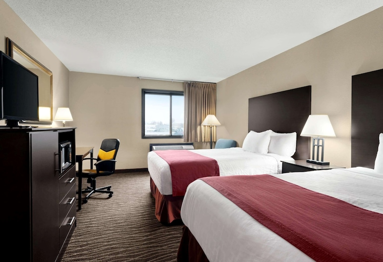 Baymont by Wyndham Sioux Falls West, Sioux Falls, Room, 2 Queen Beds, Accessible, Non Smoking (Mobility), Guest Room