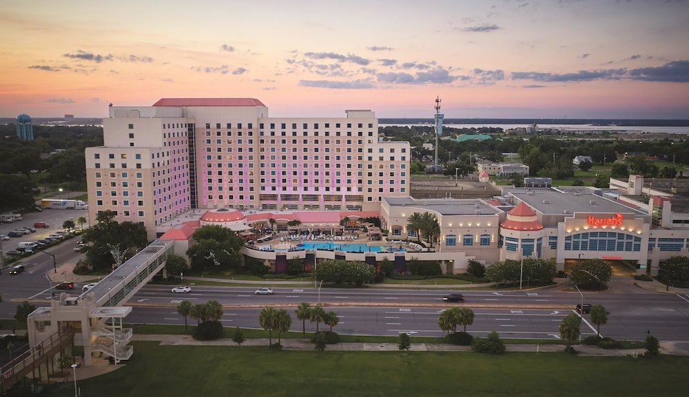 Grand casino biloxi jobs mountain hostel crap sogn gion