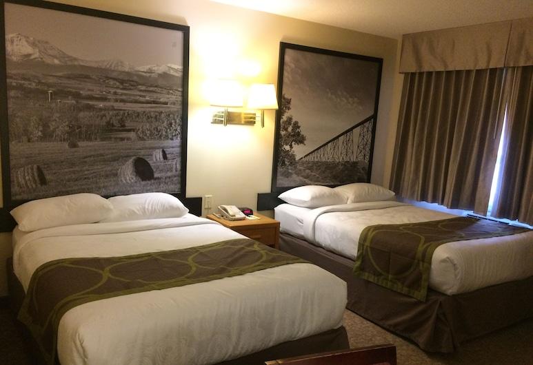 Super 8 by Wyndham Lethbridge, Lethbridge, Efficiency, Room, 2 Double Beds, Smoking, Guest Room