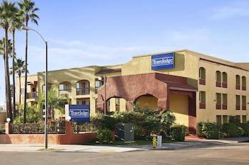Gambar Travelodge by Wyndham San Diego Downtown Convention Center di San Diego