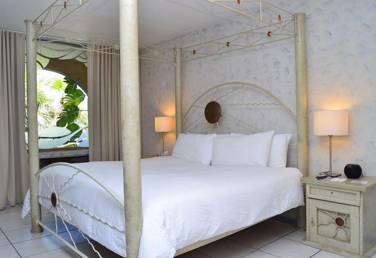 TropiRock A North Beach Village Resort Hotel, Fort Lauderdale, Deluxe-studio, 1 suuri parisänky, Vierashuone