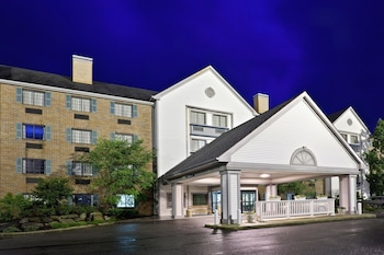 Picture of La Quinta Inn & Suites Cleveland Macedonia in Macedonia