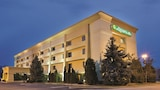 Book this Free Breakfast Hotel in Mason