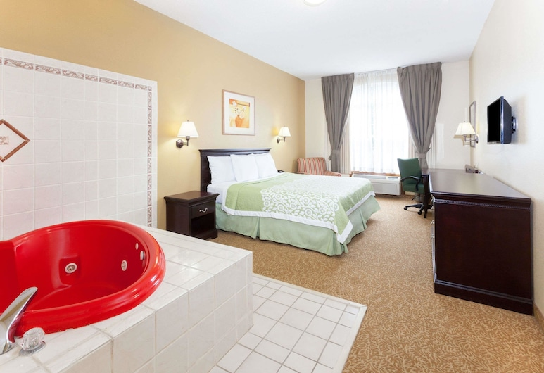 Days Inn & Suites by Wyndham Tucker/Northlake, טאקר, סוויטת סטודיו דה-לוקס, מיטת קינג, ללא עישון, חדר אורחים