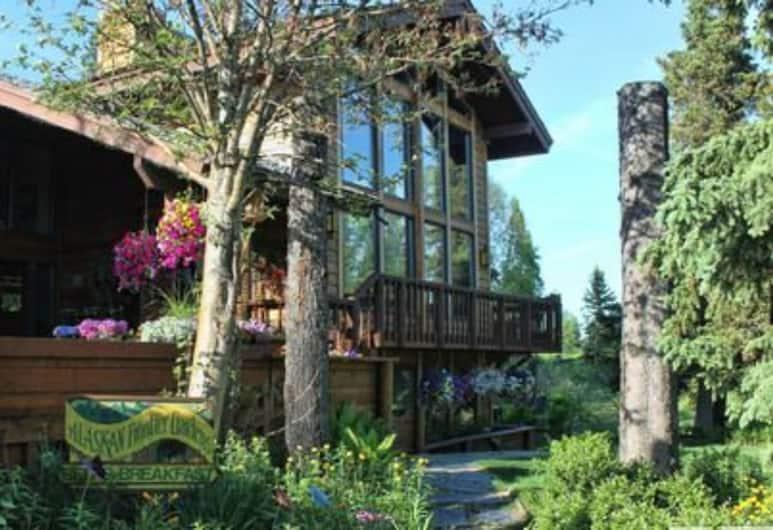 Alaskan Frontier Gardens Bed & Breakfast, Anchorage, Exterior