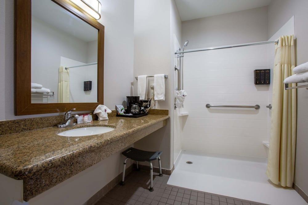 標準客房, 1 張特大雙人床, 無障礙, 地面層 - 浴室