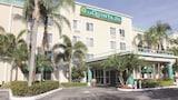 الفنادق الموجودة في صنرايز، الإقامة في صنرايز،الحجز بفنادق في صنرايز عبر الإنترنت