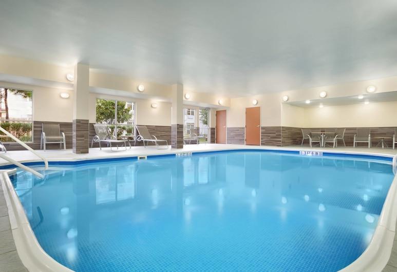 Fairfield Inn & Suites Houston Energy Corridor/Katy Freeway, יוסטון, בריכה