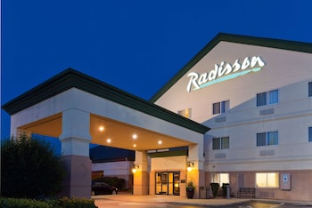 Picture of Radisson Hotel and Conference Center Rockford in Rockford