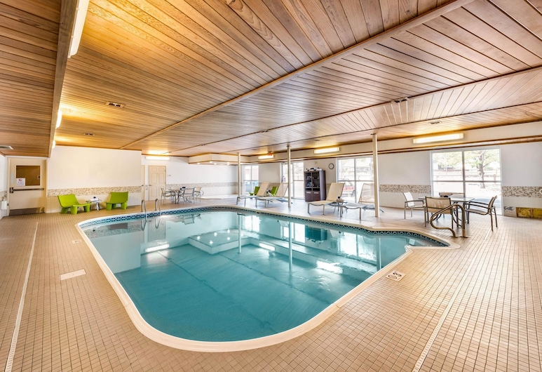 Quality Inn & Suites University Fort Collins, Fort Collins, Pool