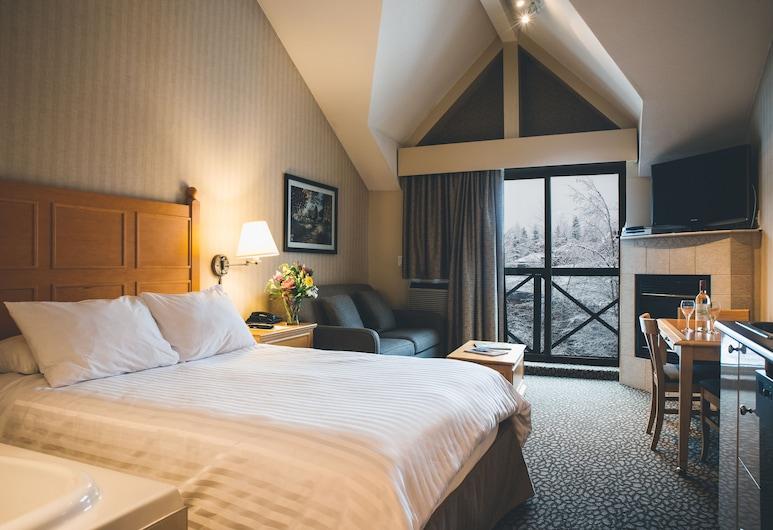 Pinnacle Hotel Whistler Village, Whistler