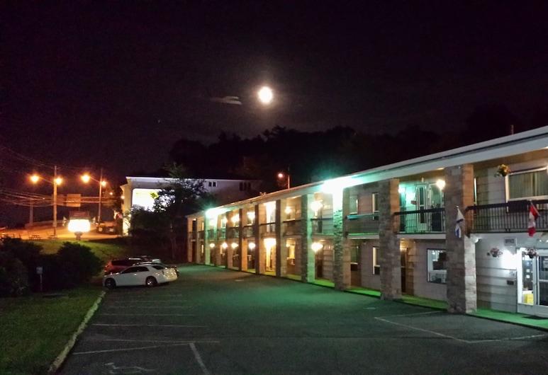 Wedgewood Motel, Halifax