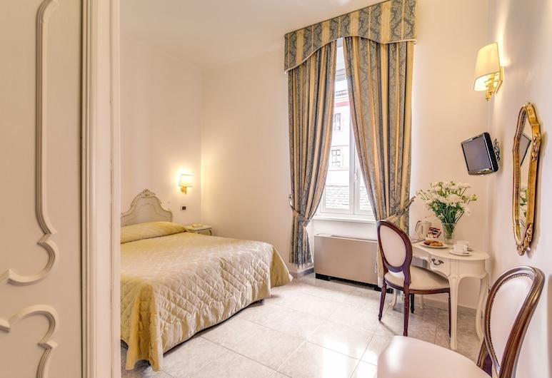 Hotel San Silvestro, Rome, Standard Double Room, Living Area