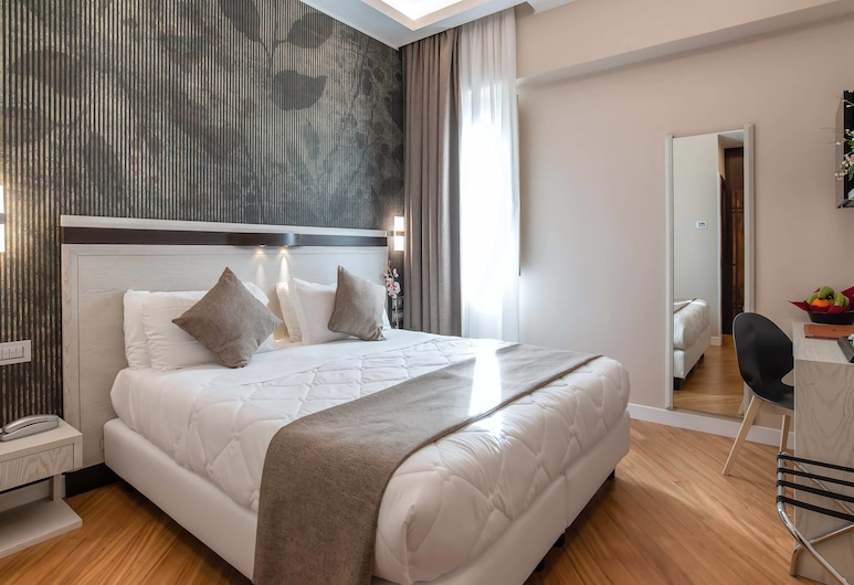 Hotel Memphis, Rome, Family Room, 2 Bedrooms, 2 Bathrooms, Guest Room