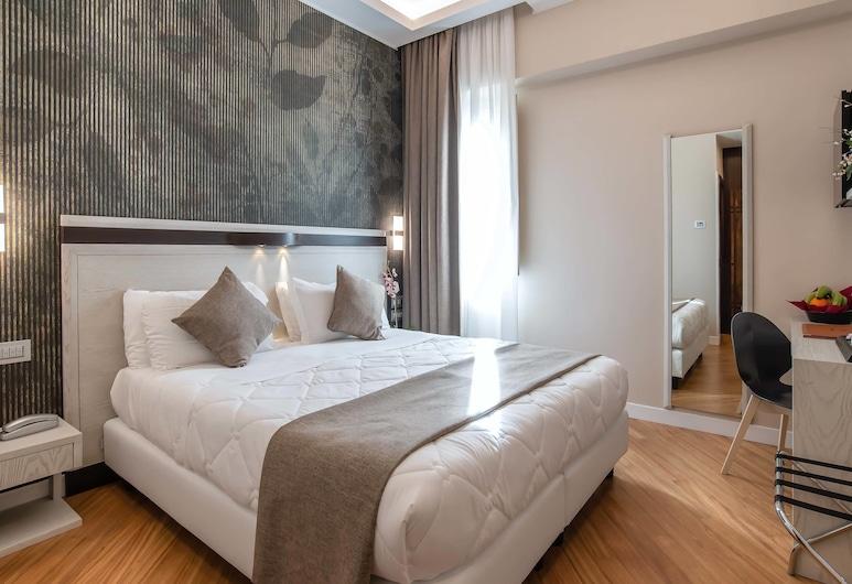Hotel Memphis, Rome, Familiekamer, 2 slaapkamers, 2 badkamers, Kamer