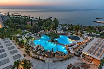 Φωτογραφία του Mediterranean Beach Hotel, Λεμεσός