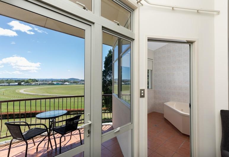 Rydges Rotorua, Rotorua, Deluxe King Spa Room, Guest Room