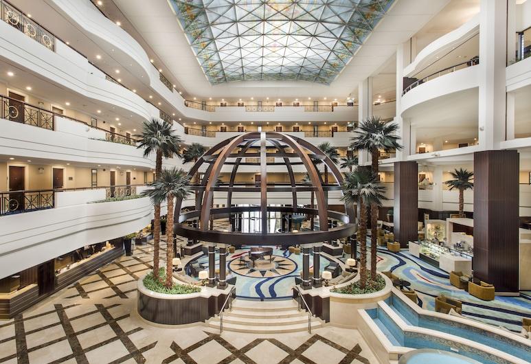 Mövenpick Grand Al Bustan Dubai, Dubái