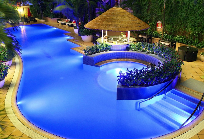 Caravelle Saigon, Ho Chi Minh City, Pool