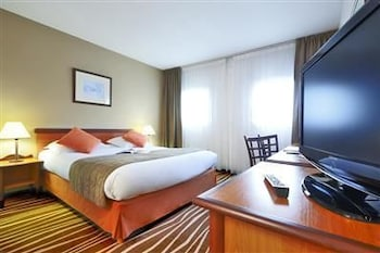 Book this In-room accessibility Hotel in Bussy-Saint-Georges
