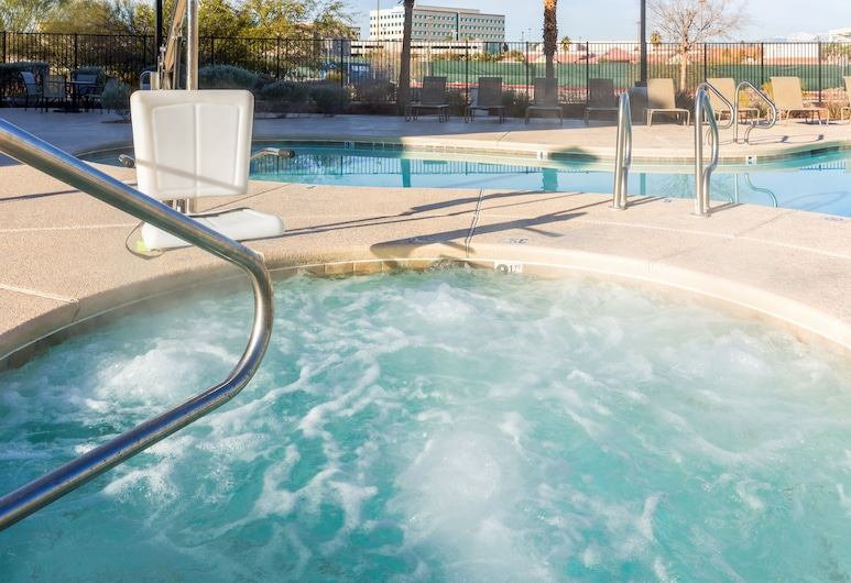 Holiday Inn Express Hotel & Suites Henderson, an IHG Hotel, Henderson, Pool