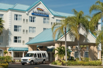 Фото Baymont Inn & Suites Fort Myers Airport у місті Форт-Майєрс