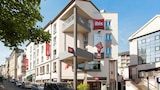 Reserve this hotel in Rodez, France