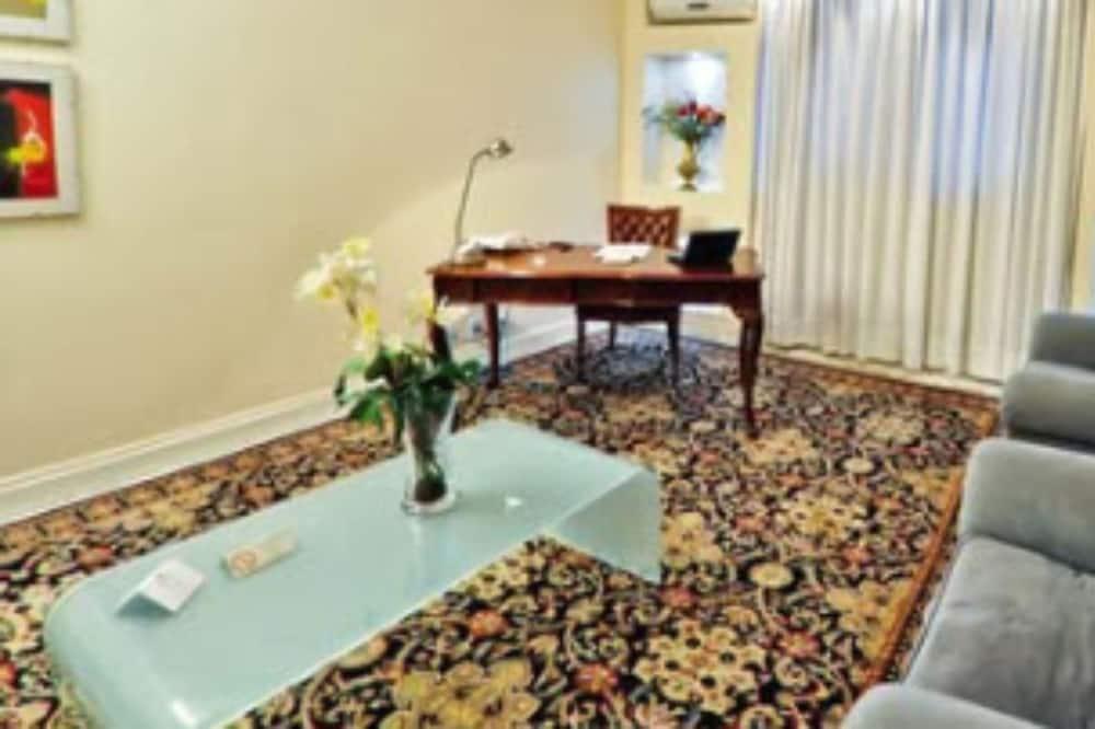 Suite  Embaixador - Living Area
