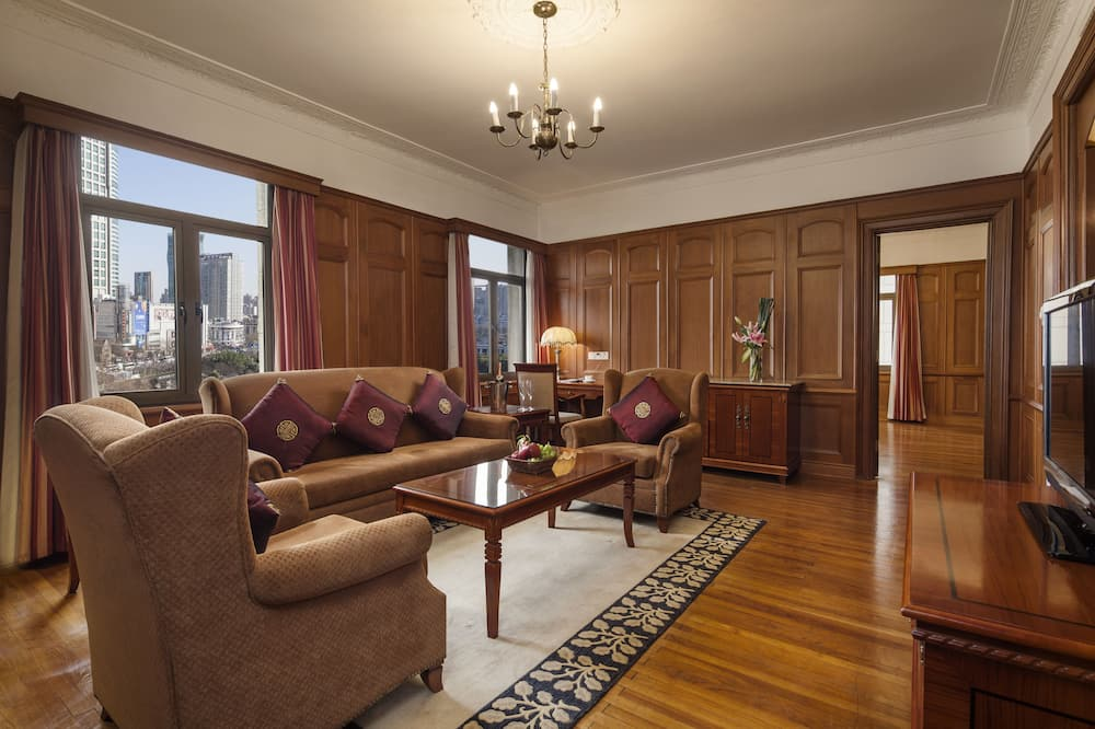 Classic Suite, View - Living Room