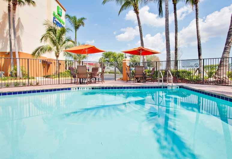 Holiday Inn Express & Suites Ft. Lauderdale Airport West, Davie, Uima-allas