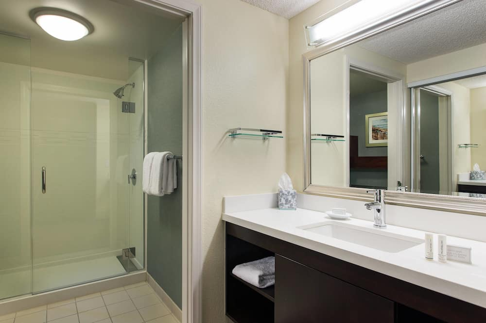 Suite, 2 slaapkamers, niet-roken, Hoek - Badkamer