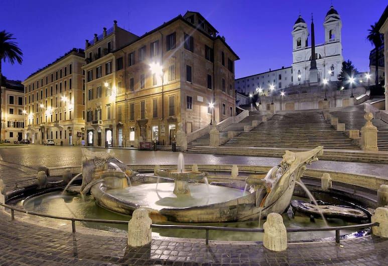 Relais Pierret, Rome, Extérieur