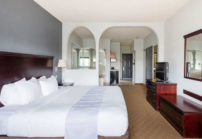 OYO Townhouse Houston Brookhollow, Houston, Premium Room, 1 King Bed, Guest Room