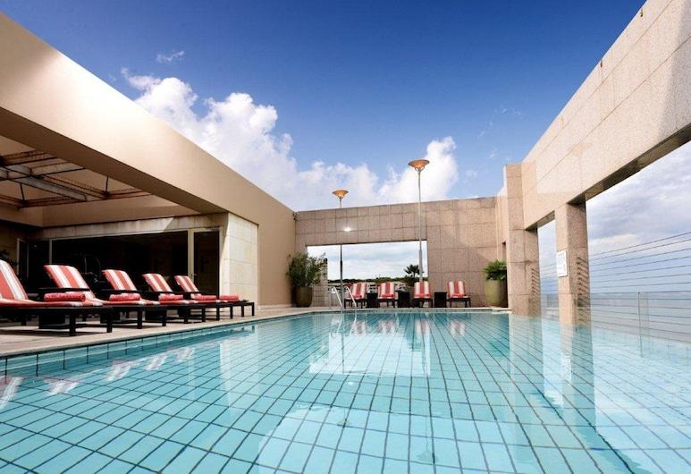 Gefinor Rotana, Beirut, Outdoor Pool