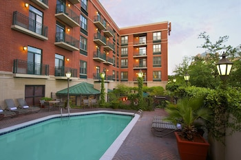 Picture of Courtyard by Marriott Savannah Downtown/Historic District in Savannah