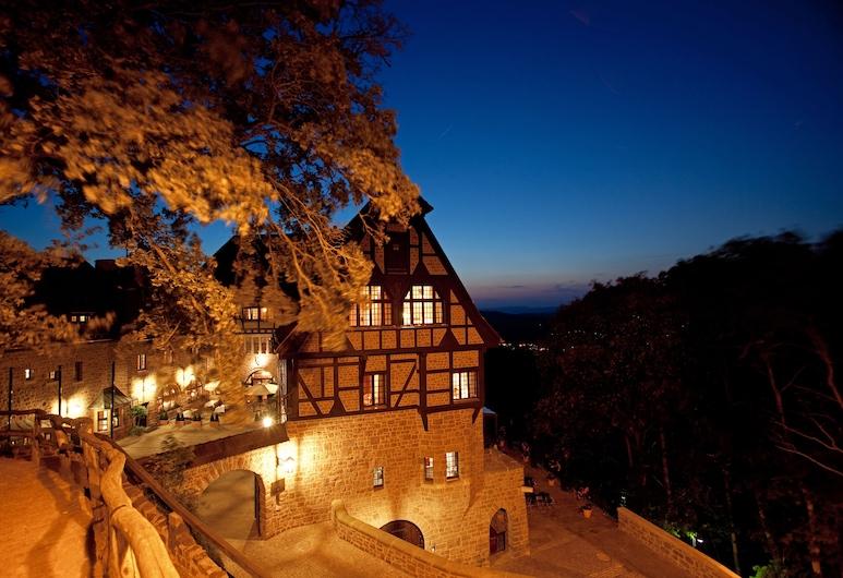 Romantik Hotel Auf Der Wartburg, Eisenach, Fasada hotelu — wieczorem/nocą