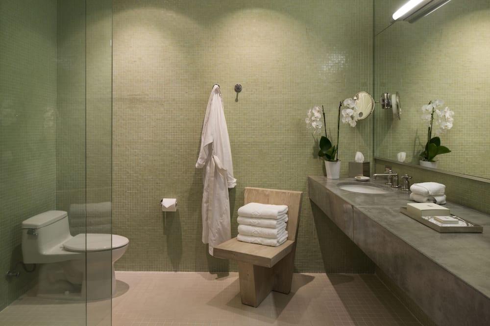 ห้องพัก, เตียงคิงไซส์ 1 เตียง (Sonoma) - ห้องน้ำ