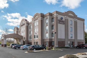 15 Closest Hotels To Clark County Fairgrounds In Springfield