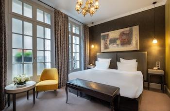 파리의 샹젤리제 플라자 호텔 사진