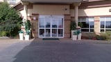 Reserve this hotel in Sherwood Park, Alberta