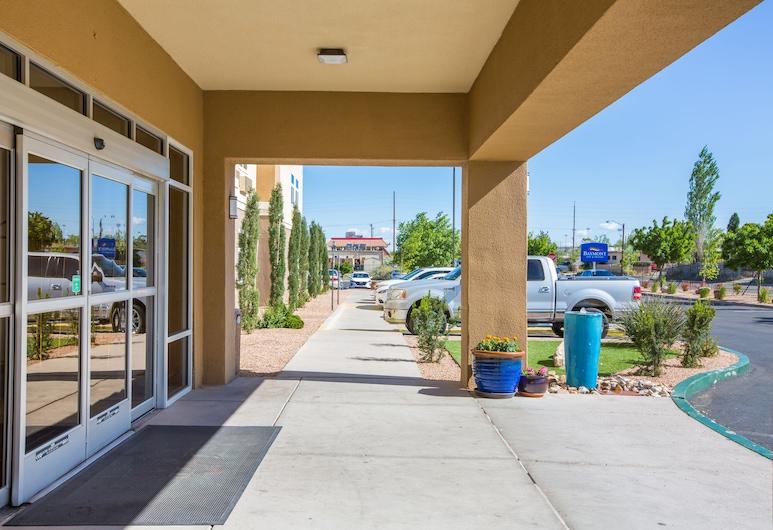 Baymont by Wyndham Albuquerque Airport, Albuquerque, Hotel Entrance