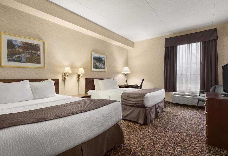 Days Inn by Wyndham Toronto East Lakeview, Toronto, Standard Room, 2 Queen Beds, Smoking, Guest Room