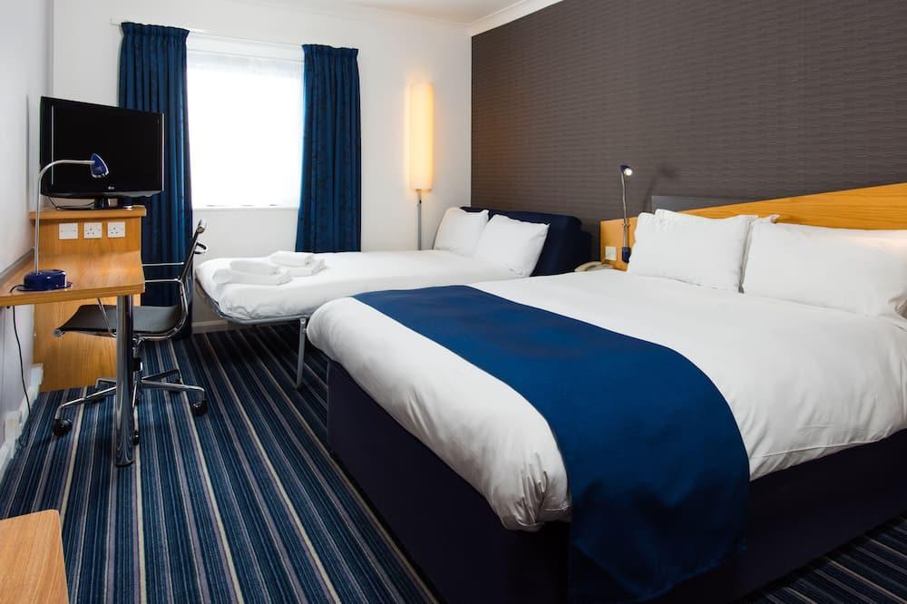 Chambre Standard, 1 lit double et 1 canapé-lit - Salle de bain