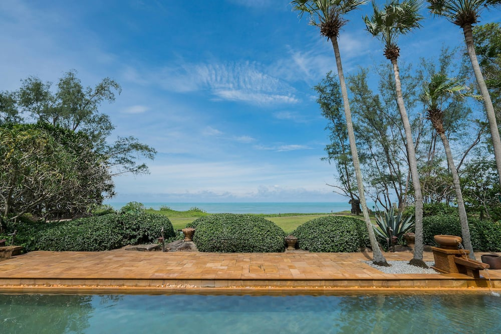Royal Villa, 2 Bedrooms, Private Pool, Oceanfront - Guest Room