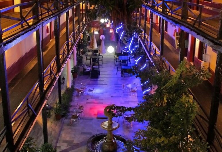 Hotel La Siesta, Mazatlán, Aspecto interior del hotel
