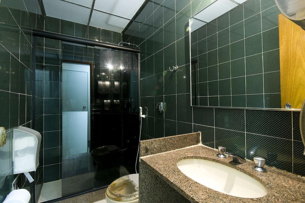 חדר סטנדרט - חדר רחצה